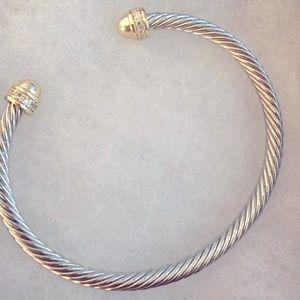 Cuinofor, a Simple, Cool, Cable Design Bracelet.